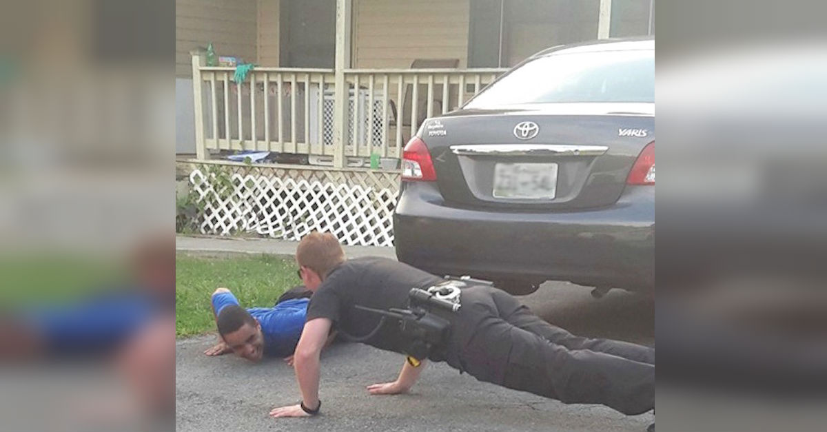 pushup2.jpg - Sheriff Showed Up To Calm Down A Young Man With Autism... With Push Ups!