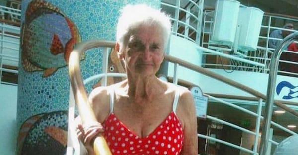 o 90 YEAR OLD BIKINI facebook2 600x313.jpg - Incredible Grandma Rocks Bikini Around the Internet