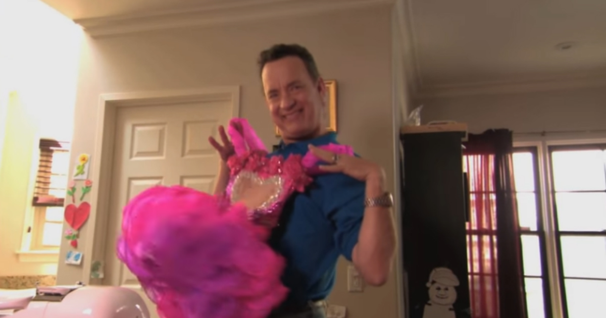 tom hanks beauty pageant.jpg - Tom Hanks Appeared On Toddlers & Tiaras With His Daughter's Pink Dress!