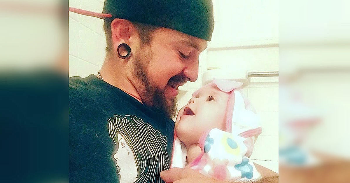12227679 10153642138471427 5974474689436367902 n copy.jpg - Single Dad Who Was Left Alone To Care For 1-Month-Old Baby Shared His Story On Facebook