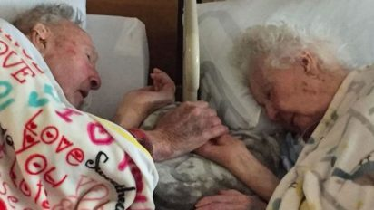 married 77years heaven together 412x232.jpg - Loving Couple Held Hands As They Drifted Off To Heaven Together After 77 Years Of Marriage