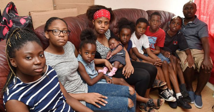 mjjghj.jpg - This Ungrateful Family of 10 On Welfare Has A Demand For the Government!