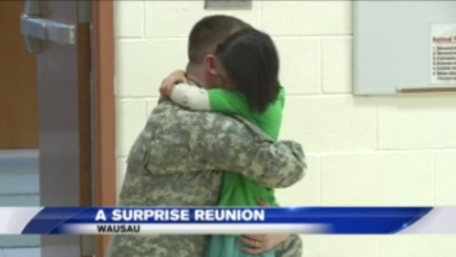 soldier father daughter school 412x232.png - Soldier Father Surprised His Daughter At School After Returning Home