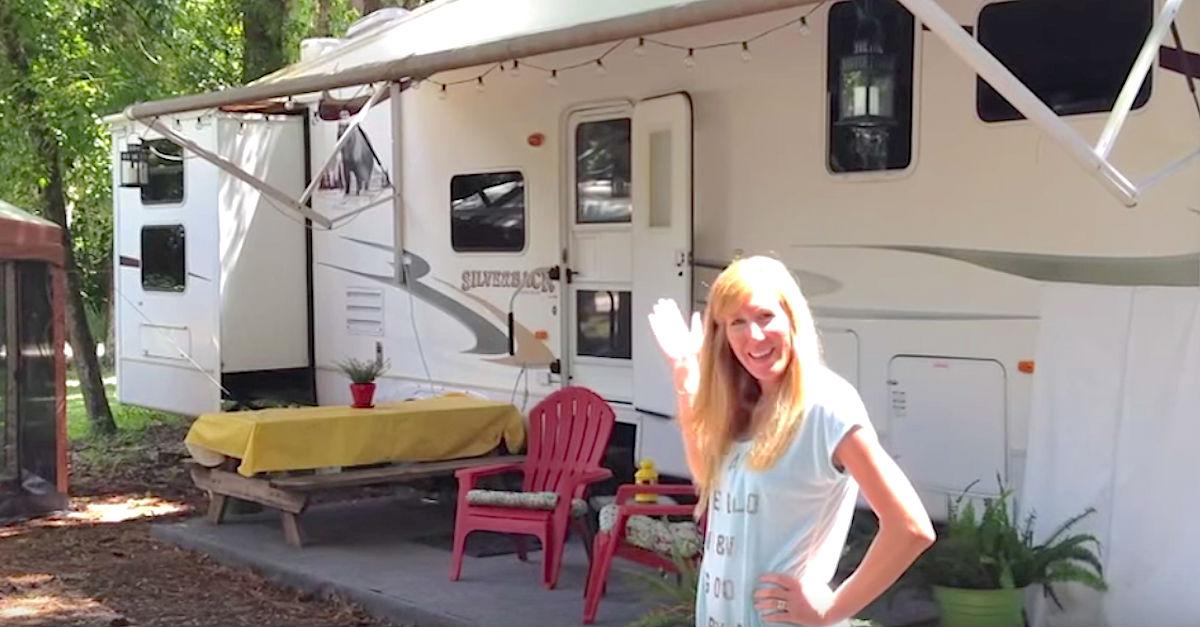 camper.jpg - Family Of 6 Lives In A Transformed 3-Bedroom Trailer