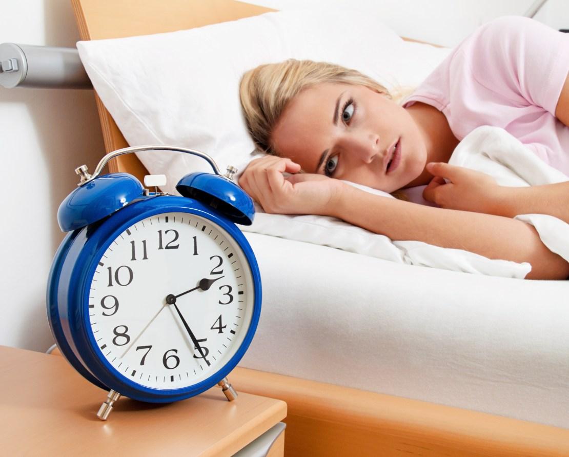 6 astuces naturelles pour lutter contre l insomnie vonjour. Black Bedroom Furniture Sets. Home Design Ideas