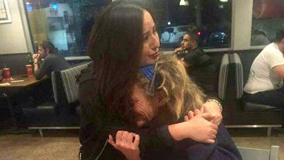 emotional hug homeless woman 412x232.jpg - 'I Held Her Tight And Let Her Let It Out': A Homeless Woman Broke Down In Stranger's Arms