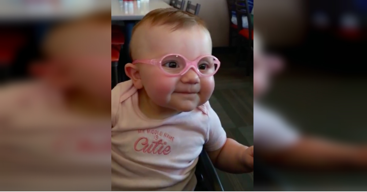 glasses.jpg - Baby Couldn't Stop Smiling After Wearing Eyeglasses And Seeing Properly For The First Time