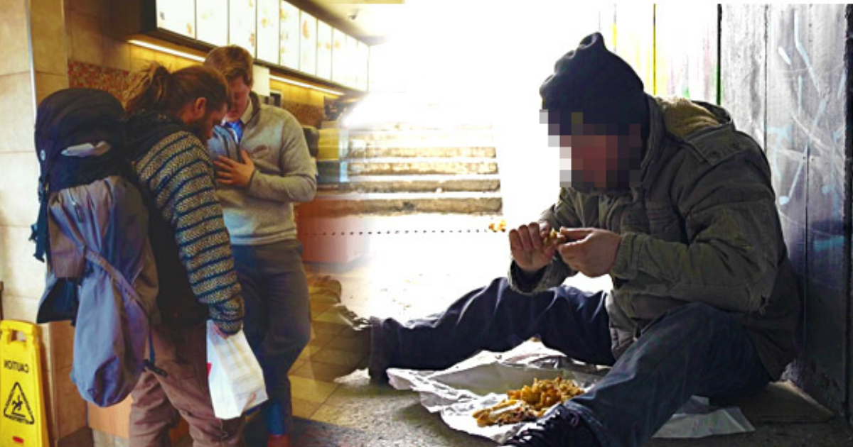 homeless man begs.jpg - Starving Man Begged For Scraps, The Manager Said 'No' And Gave Him Proper Meal Instead