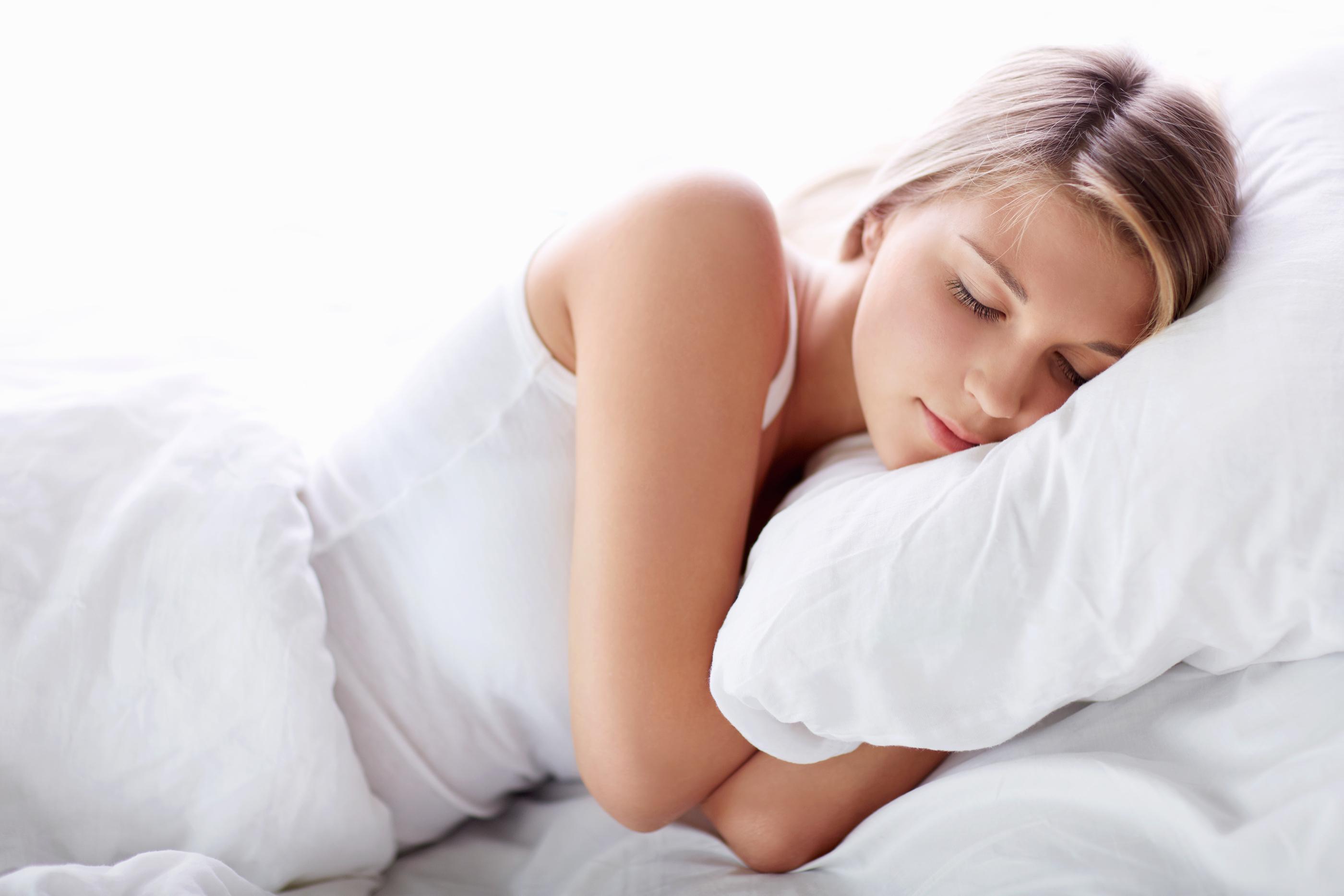 sleeping beaut.jpg - 5 dicas que vão te ajudar a dormir como um anjo