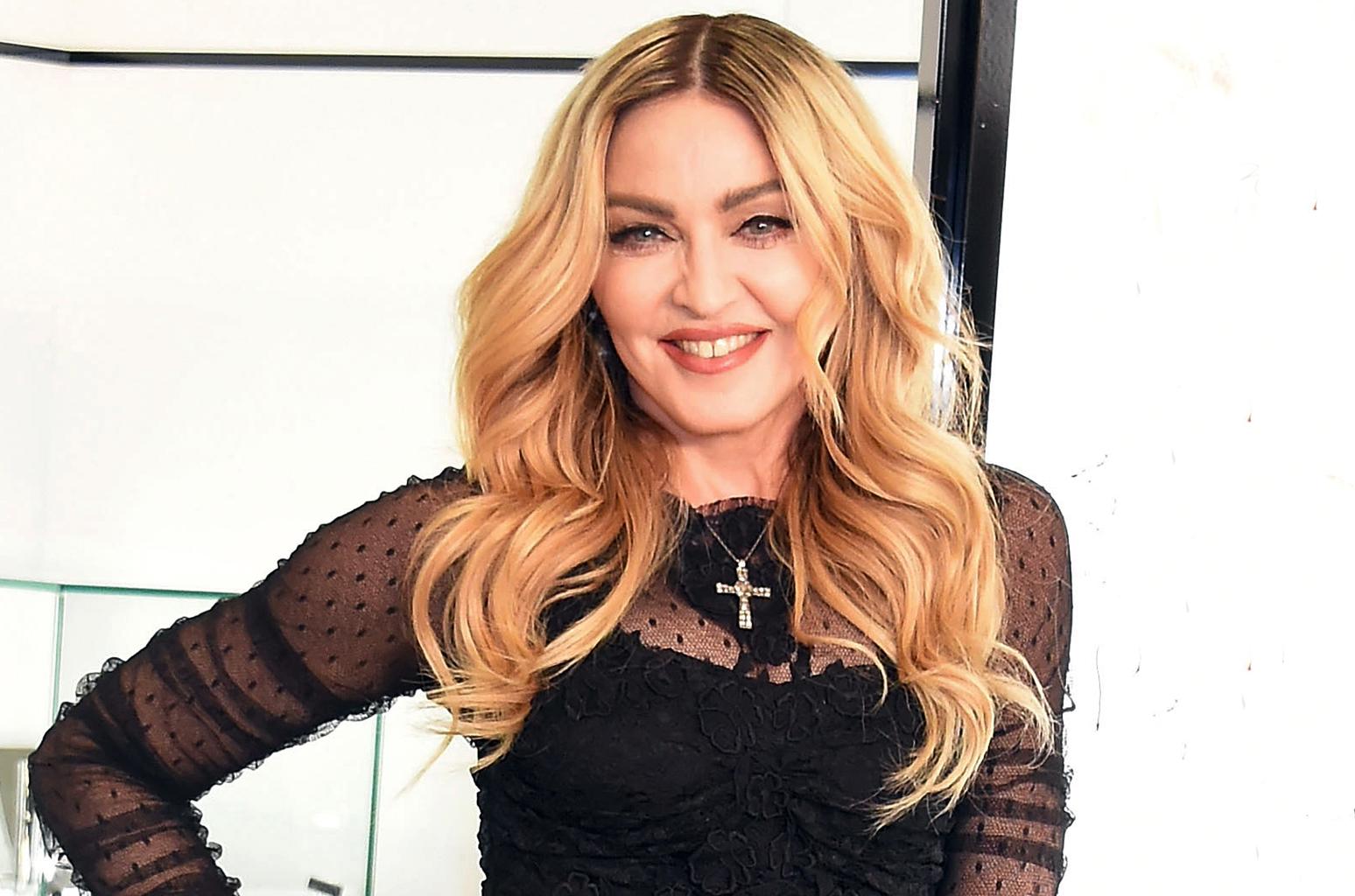 madonna feb 2016 billboard 1548.jpg - Madonna compartilha vídeo divertidíssimo de suas filhas cantando funk