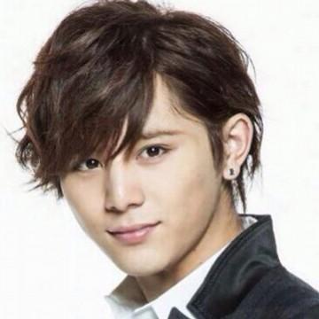 1 290.jpg - 男子がマネしたい! Hey! Say! JUMPの山田涼介の髪型の作り方!