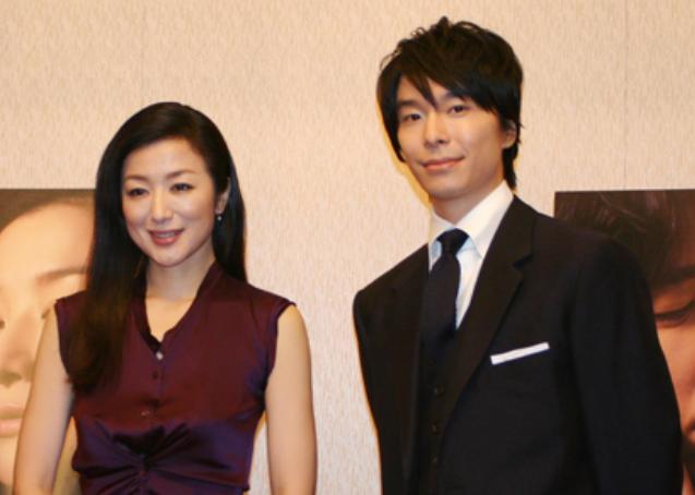 20180107034107.png - 長谷川博己と鈴木京香が結婚しない理由は…埋まらない「格差」にアリ?!