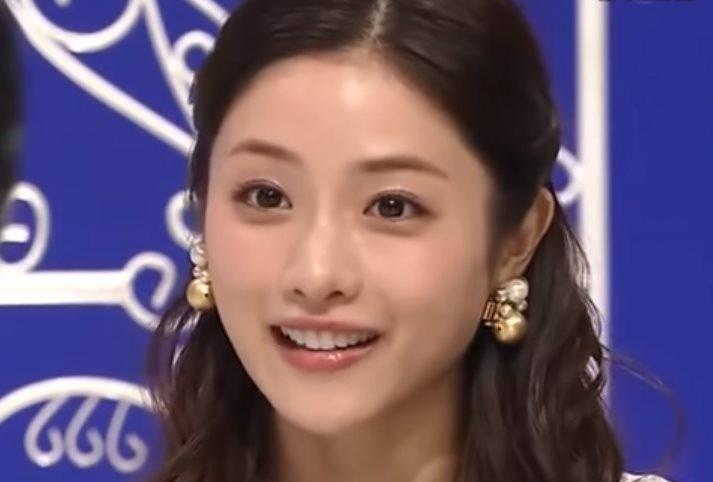 img 5a141c0dd2c1e.png - 石原さとみは可愛い顔立ちが魅力の女優ですが、おっぱいも美しいです