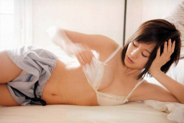 img 5a16ff789ba08.png - 前田敦子の胸のサイズが変化!もしかして豊胸しちゃった…!?