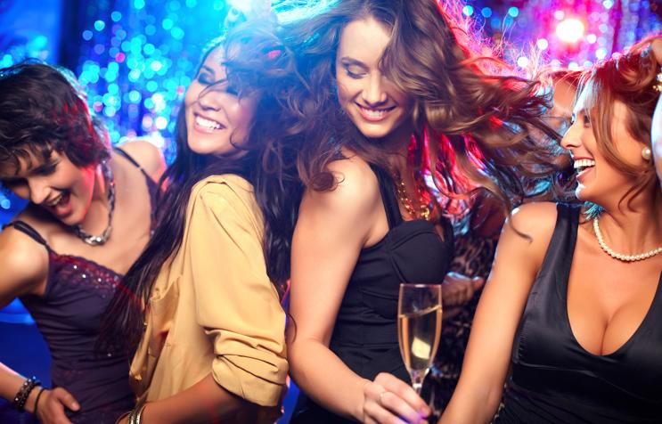 img 5a17016ac7e23.png - クラブに行くときの服装って何がいいの?クラブに行くときのファッション!