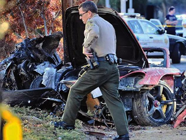 ポール・ウォーカー、交通事故で亡くなる ...