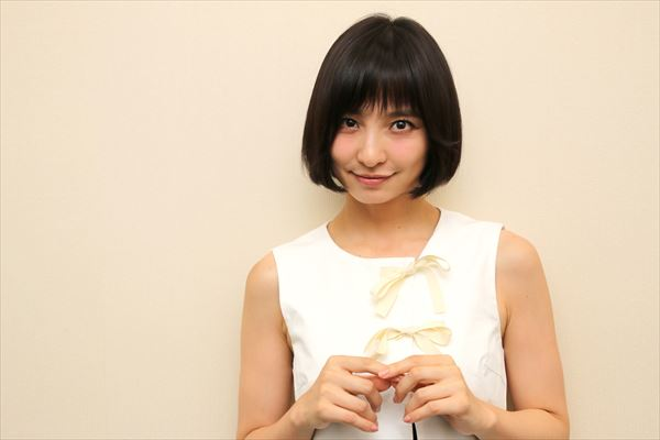 img 9931 02 r.jpg - 篠田麻里子の性格が悪い?具体的なエピソードは?