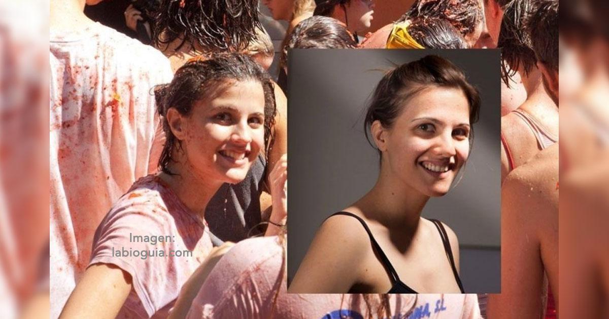 portada 14.jpg - Descubrió en una foto a una chica idéntica a ella, cinco años después por fin se encuentran