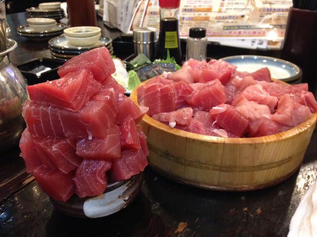 217 3.jpg - アジじゃないよ!横浜の海鮮居酒屋『魚参』の名物はまぐろブツ盛り