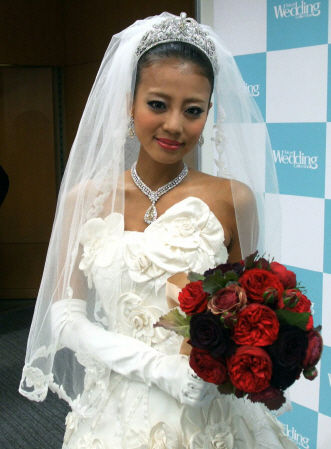 azuru yuu a happy marriage with a handsome guy what that cd5aff76.jpg - あびる優さん、イケメン旦那と幸せな結婚!?その後…