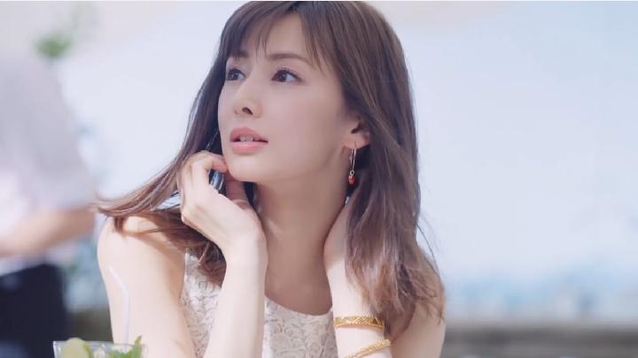 esprique01 2ea49.jpg - 北川景子さんの胸の大きさは?大きいのか小さいのかどっちなの?
