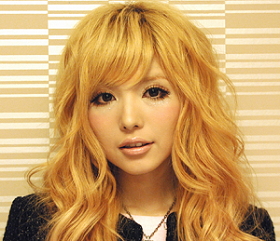 face of masuwaka tsubasa which was a charismatic model of gal snapcrab noname 2013 11 12 10 34 17 no 00.png - ギャルのカリスマモデルであった益若つばさの顔が変わった謎について