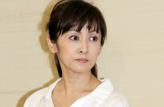 img 5a31a7e9522a0.png - 斉藤由貴って尾崎豊と付き合ってたの?別れた理由は?