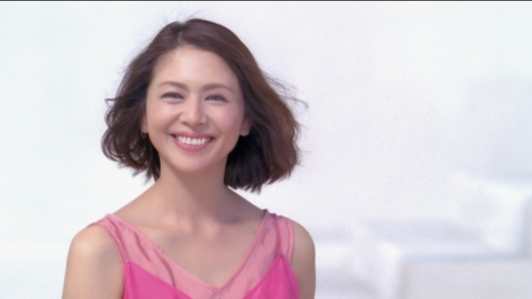 img 5a321f167b0c1.png - 無断で髪型チェンジも大成功!?小泉今日子のアイドル時代の伝説