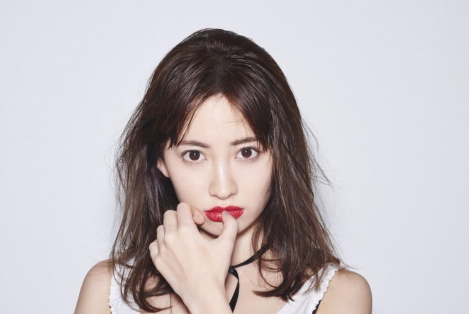 img 5a43432278fbc.png - 元AKB48のメンバー小嶋陽菜のプロフィール