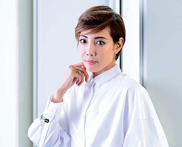 img 5a708b88d3d37.png - 宝塚の人気男役トップでメジャーなイケメン女優ランキングTOP3