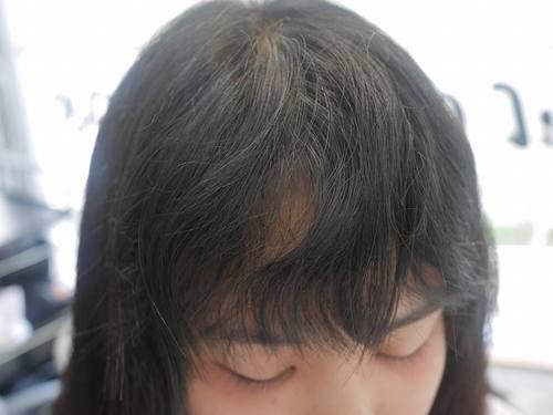 うねる 前髪