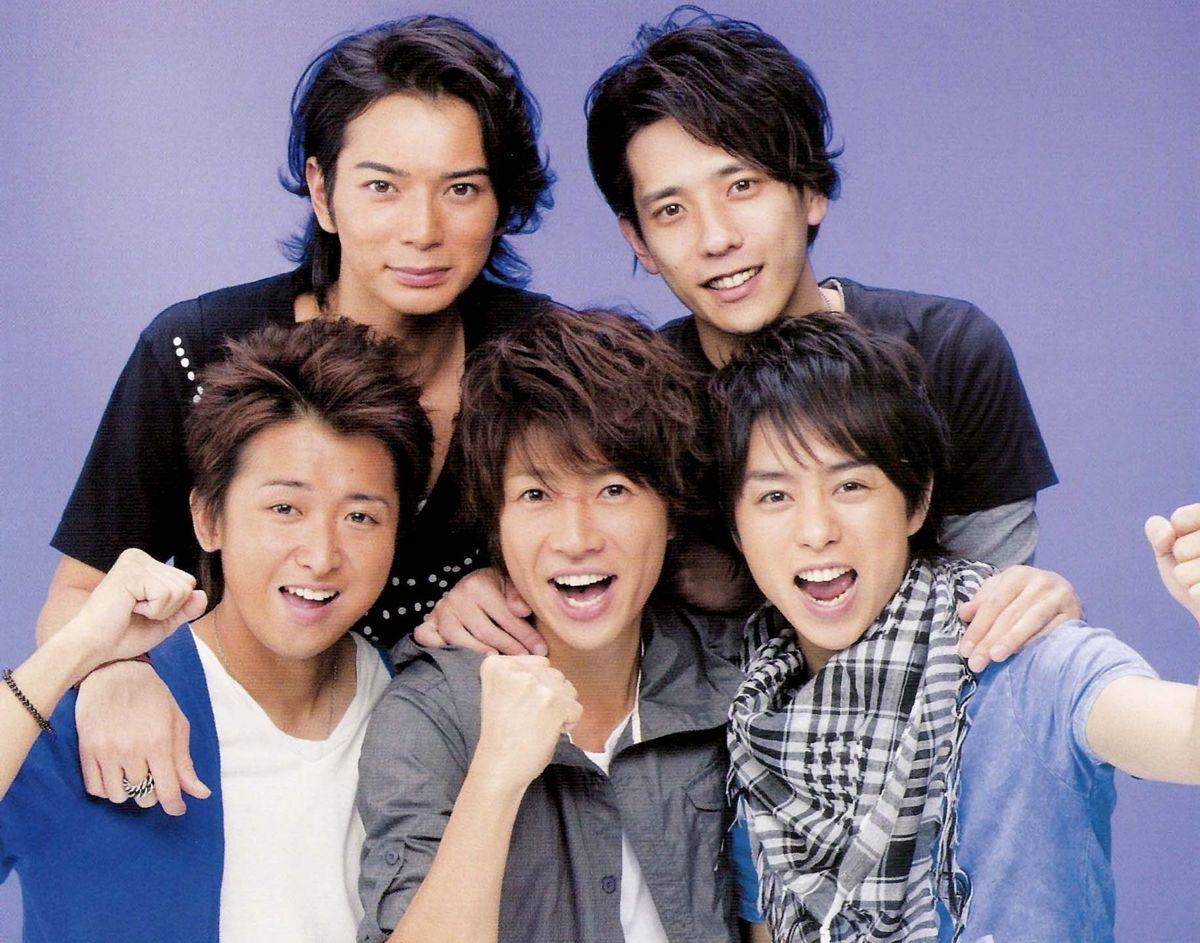 ジャニーズ事務所でいちばん人気のグループは 嵐 キンキ Hachibachi