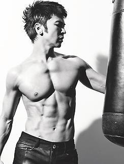 武田真治 筋肉에 대한 이미지 검색결과