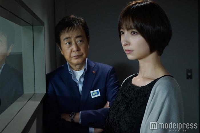 w700c ez 15971d305256451c01a16e19b16f7f4baeb3901848fc654b.jpg - 篠田麻里子のドラマを見ていると分かる「演技力の拙さ」