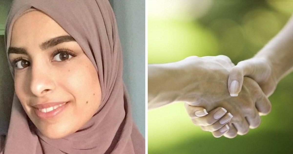 farah3.png - Mulher ganha indenização de £3.400 após ser constrangida a cumprimentar empregador com a mão durante entrevista de emprego