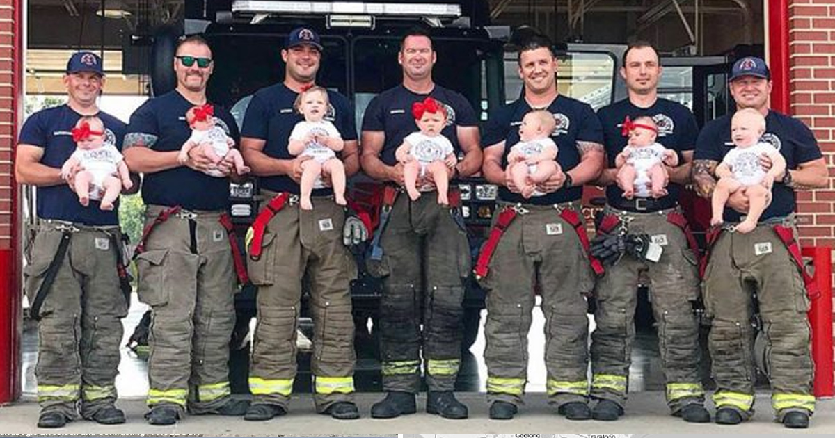 gaga 2.jpg - 7Firefighter Dads From OklahomaDidAPhotoShoot With Their7Newborns, And ThePhotosAre Adorable