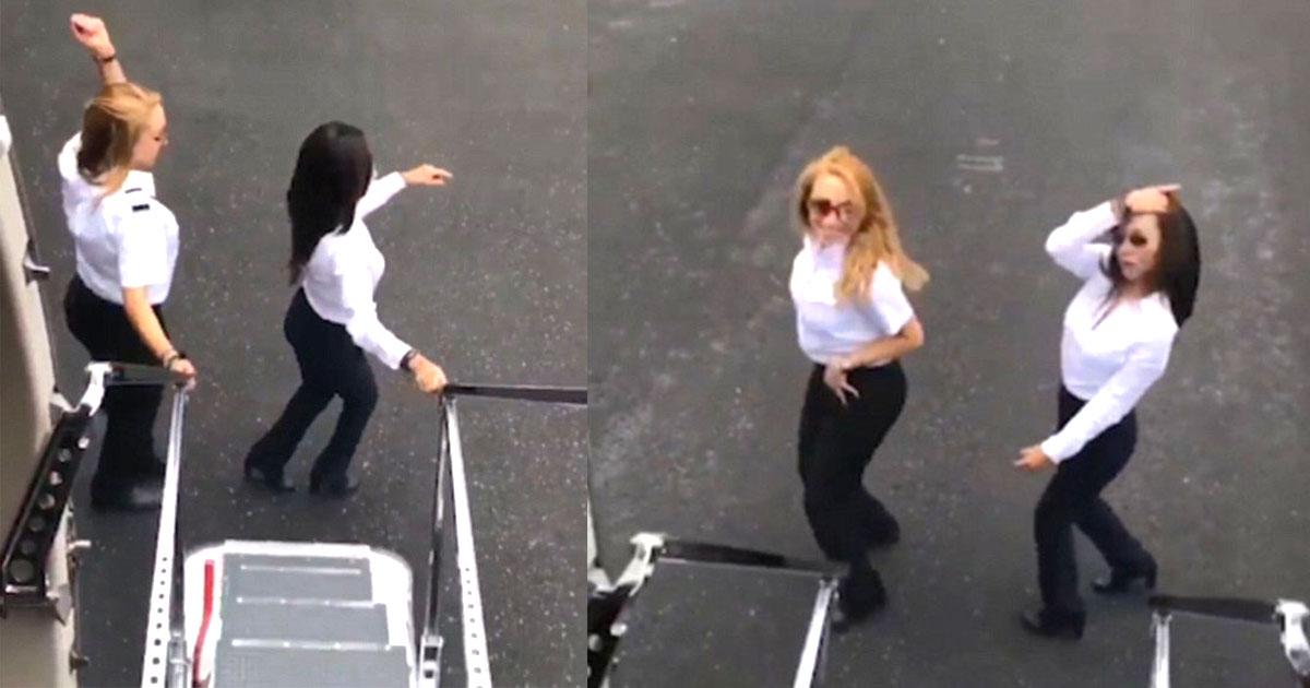 here is how these two pilots performed aeroplane kiki challenge next to a moving plane.jpg - Duas funcionárias gravam desafio dançando ao lado de avião em movimento