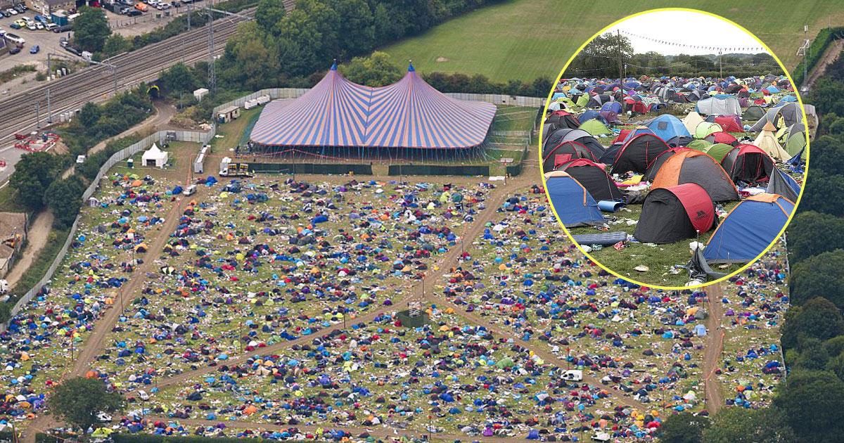 huge mess.jpg - 60000 tendas abandonadas, gazebos e colchões infláveis são deixados para trás após festival de leitura que durou três dias
