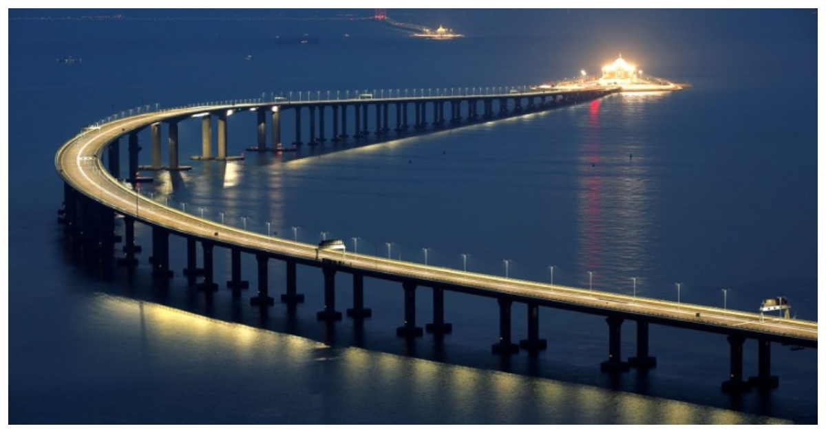 bridge.jpg - The World's Longest Bridge Has Finally Opened