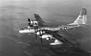 「飛行場にタイムスリップした空軍中佐」の画像検索結果