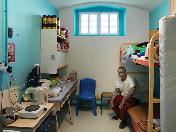 cellules prison monde prisonniers 25.jpg - Découvrez à quoi ressemblent les prisons de 37 pays différents