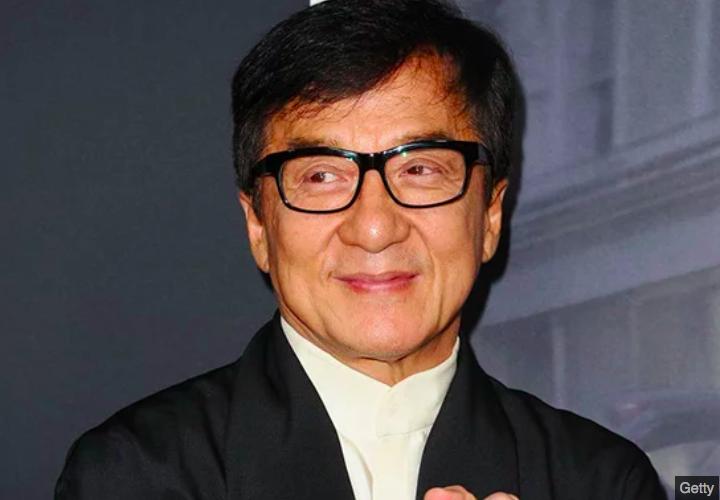 img 5c07e04f58b0b.png - Jackie Chan admet avoir trompé sa femme, payer des prostituées et avoir été un père violent