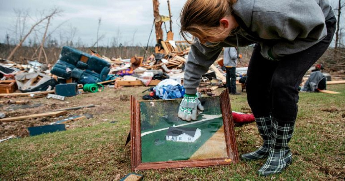 t3 1.jpg - Alabama Communities Work Together To Help Survivors And Families Who Lost Loved Ones To Deadly Tornadoes