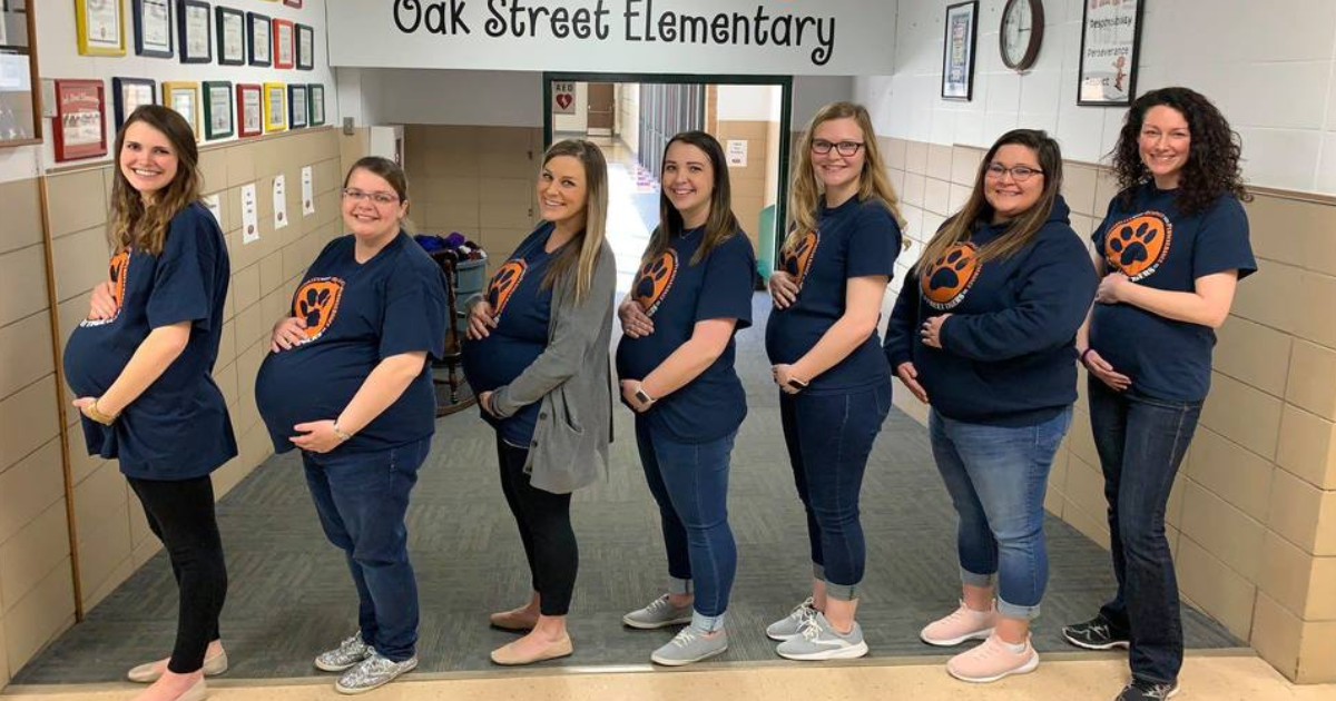 featured image 4.png - SEVEN Teachers At An Elementary School In Kansas Became Pregnant At The Same Time