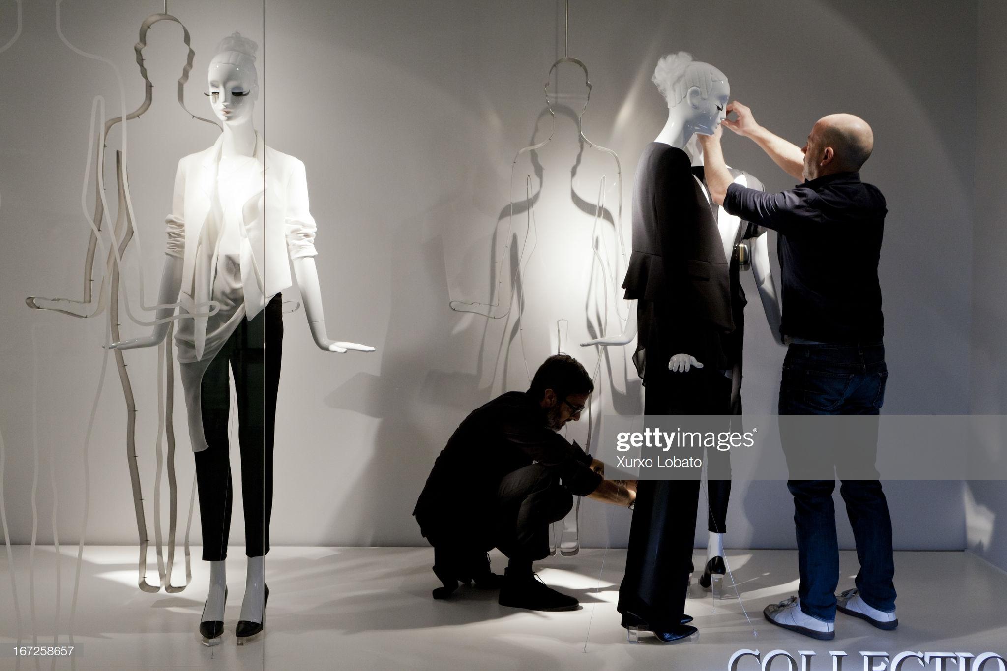 Inside The Headquarters of Zara : Fotografía de noticias