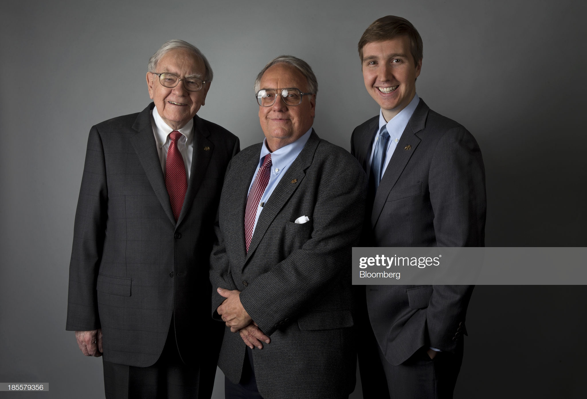 Exclusive Portraits Of Berkshire Hathaway Inc. Chief Executive Officer Warren Buffett : Fotografía de noticias