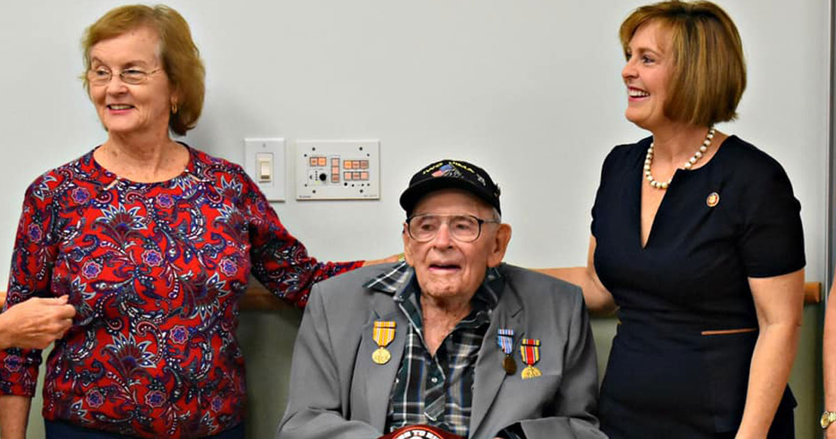 veteran medals after 60 years.jpg - 93-Year-Old WWII Veteran Received His Medals After Sixty Years