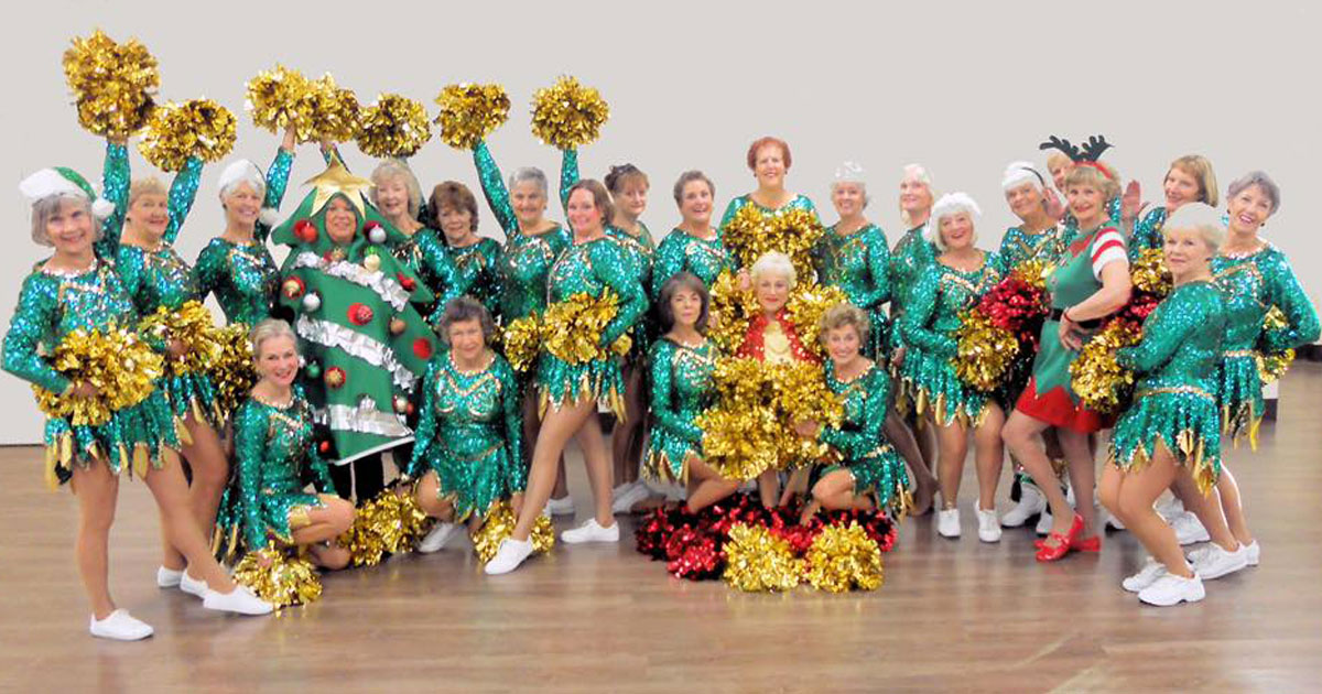 sun city poms.jpg - These Pensioner Cheerleaders - Who Are A Part Of A Performance Group For Women Over 55