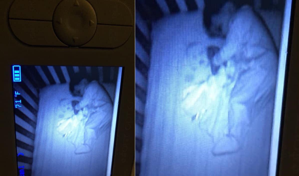 22222 6.jpg - 잠든 아기 옆의 '유령 아기' 의 실체가 밝혀졌다