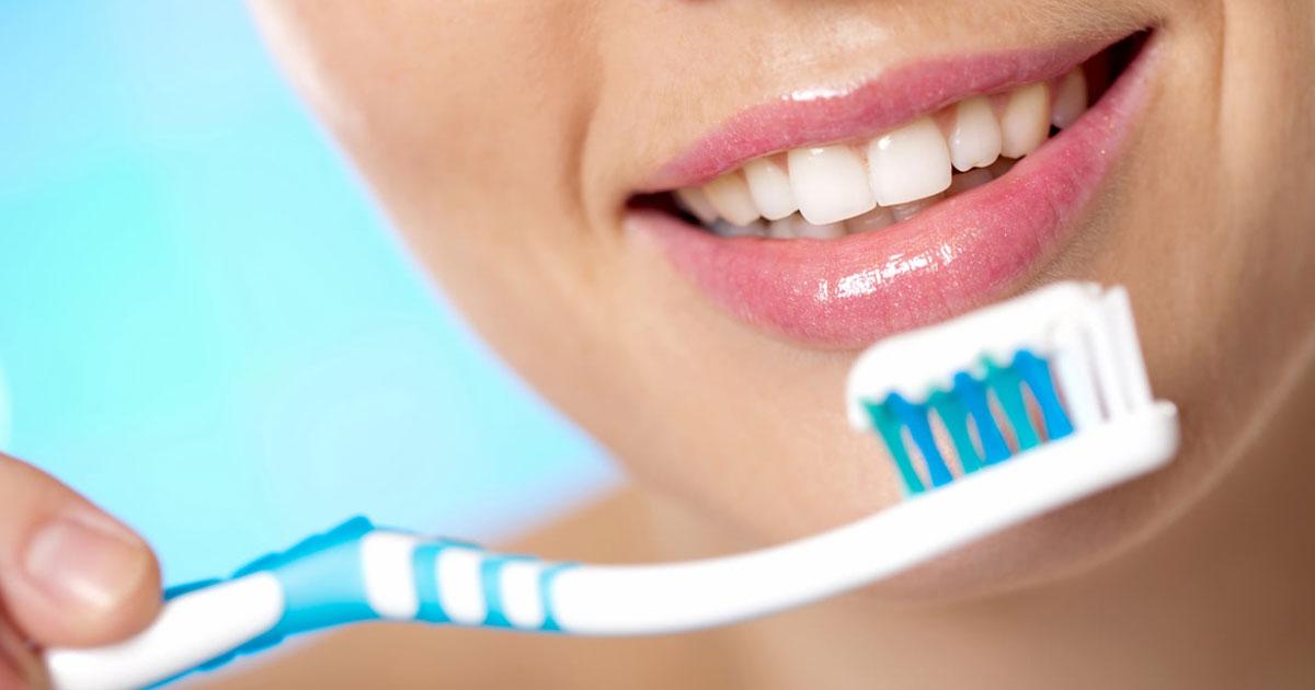 brits forgot brushing teeth.jpg - Survey Revealed One In Three Brits Regularly Skip Brushing Their Teeth